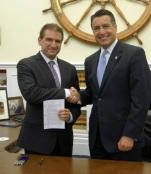 Marc Randazza and Nevada Governor, Brian Sandoval, with the freshly-signed Nevada Anti-SLAPP law.